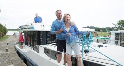 Mooring a boat - teaser
