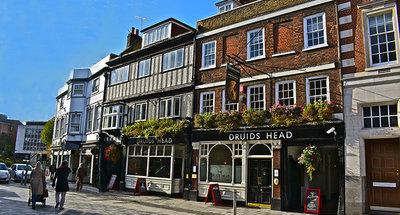 Traditional pub in Kingston