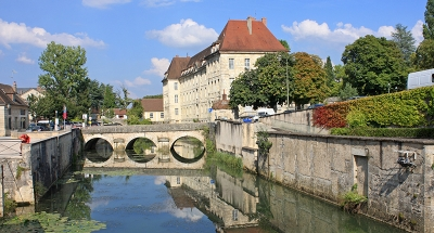 Discover Dole, a quaint French town