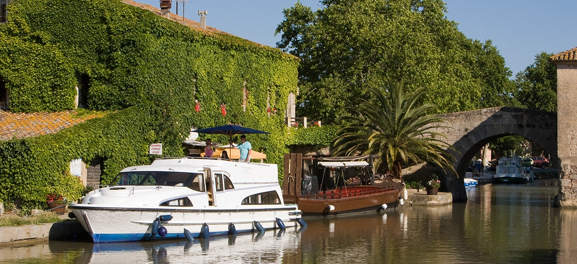 Le Boat in Le Somail, Canal du Midi